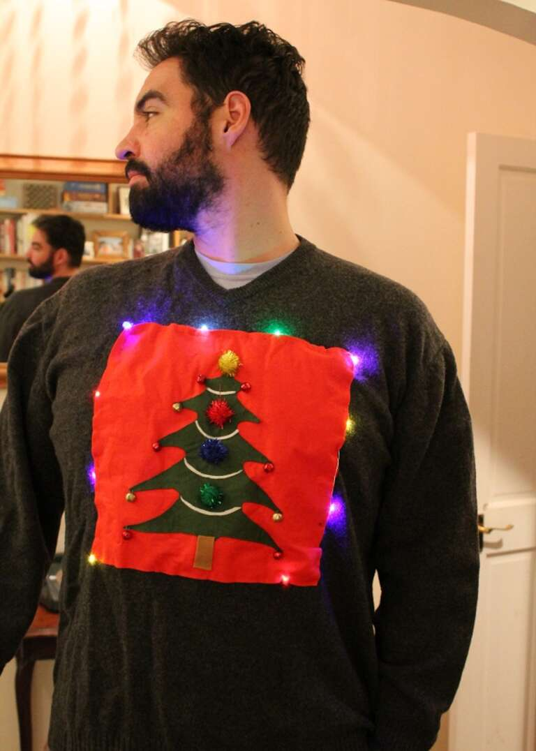 Jumper with lights