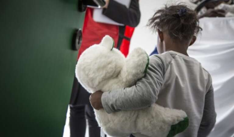 Children arriving in Europe by boat are often unaccompanied and may have witness or been subjected to violence. Our teams in Italy are supporting children.
