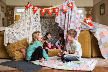 Children take part in Den Day for Save the Children.